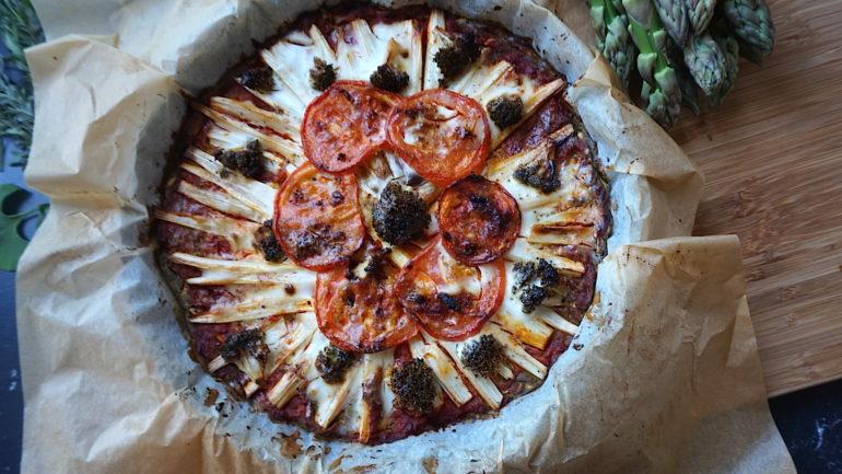 Cukkini pizza, most spárgával